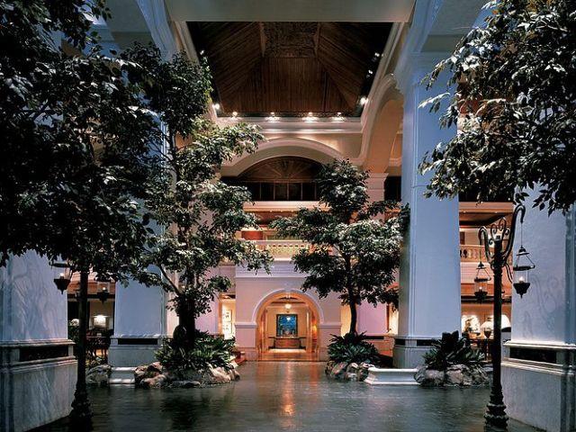 Grand Hyatt Bangkok Lobby 2