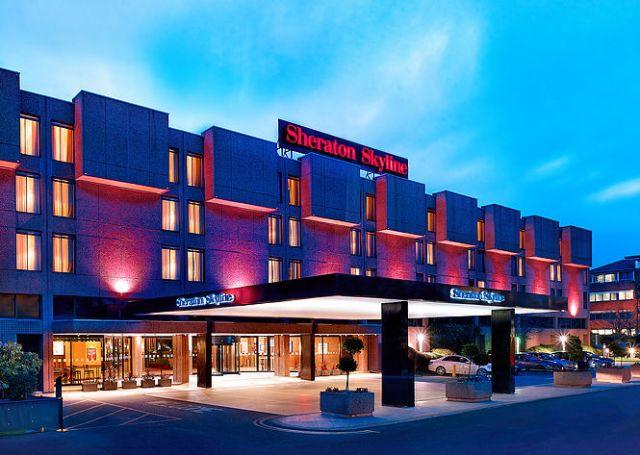 Sheraton Skyline LHR Airport hotel