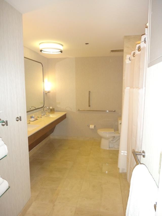 AMM Chicago - Bathroom 2