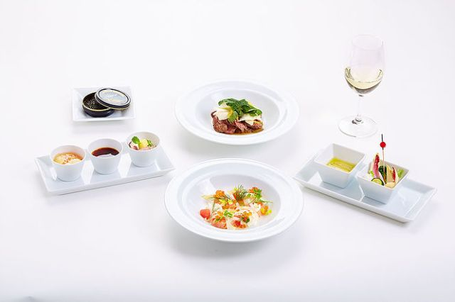 Japan Airlines Food Offerings