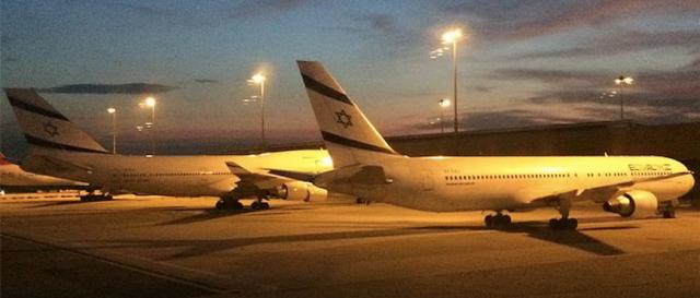 El-Al Planes in Bangkok Airport