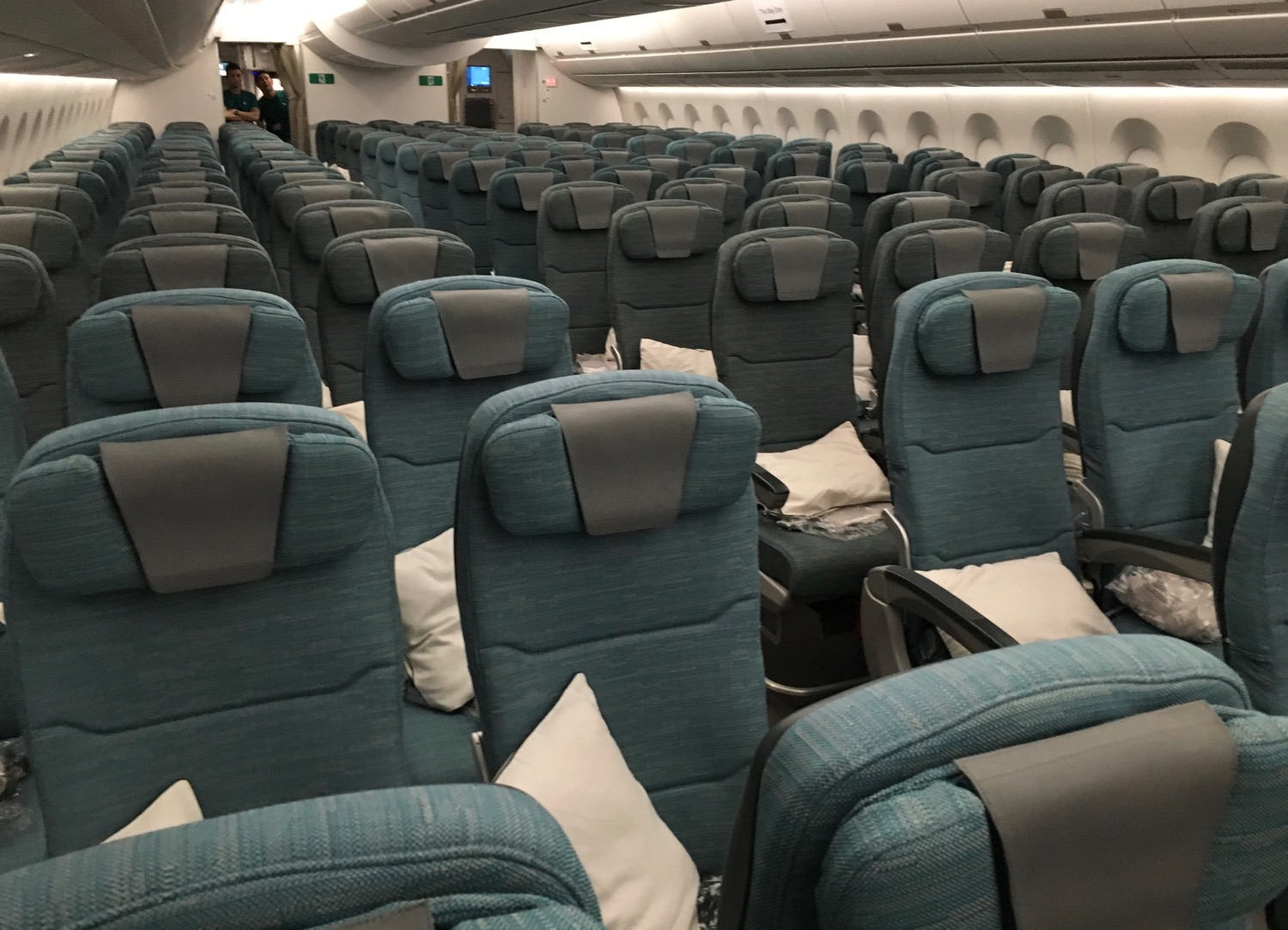 cathay-pacific-a350-economy