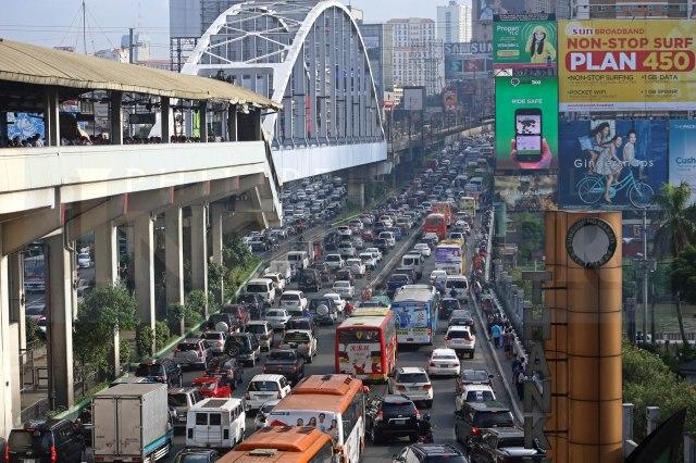 Manila Traffic.jpg
