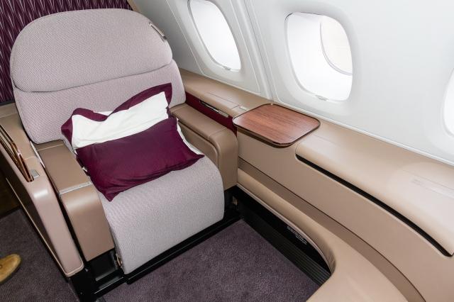 qatar-airways-a380-first-class-seat