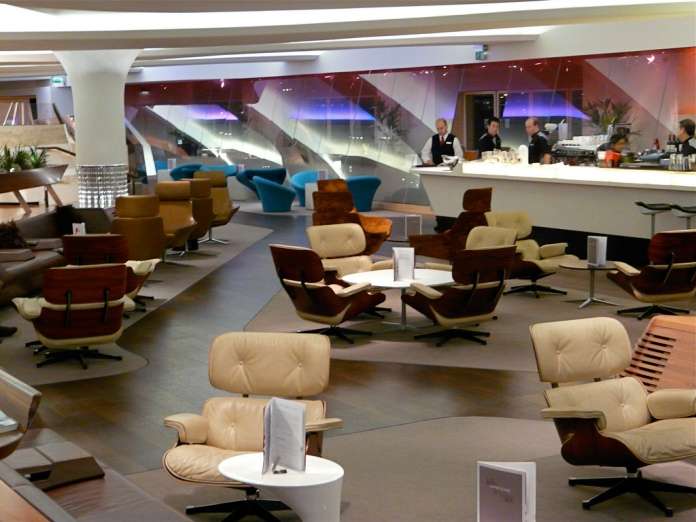 virgin-atlantic-clubhouse-lounge-lhr