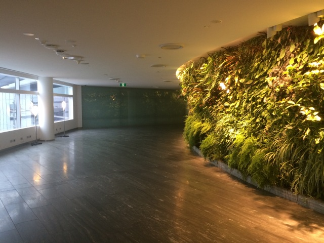 qantas-lounge-syd-entrance