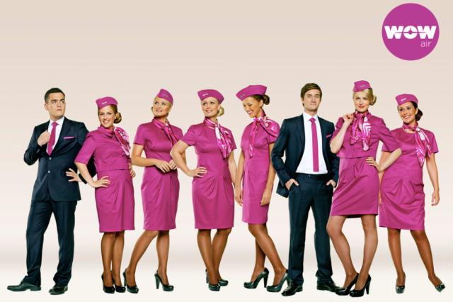 wow-air-crew