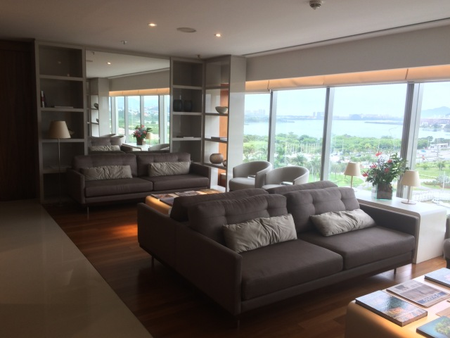 Hilton Barra Lounge 1