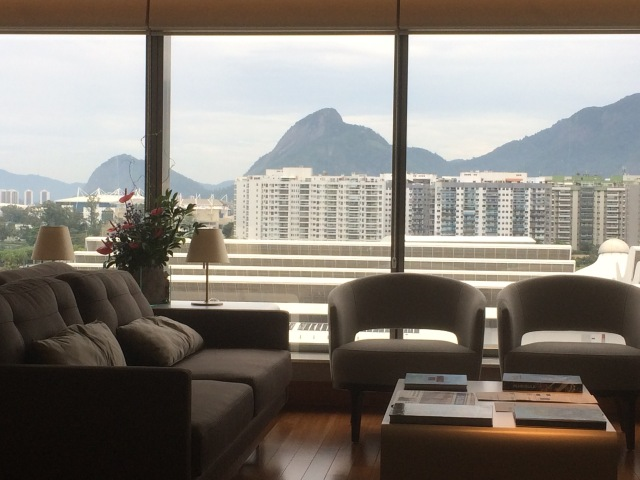 Hilton Barra Lounge 2