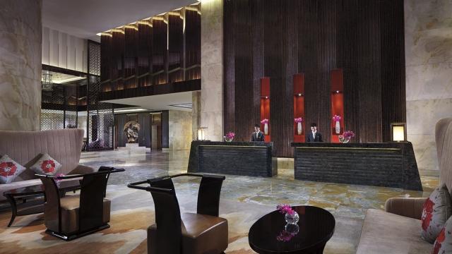 Ritz Carlton Chengdu Front Desk